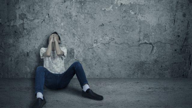 モンスタークレーマー家族の理不尽な圧力にうつ病にまで追い込まれ潰された介護士
